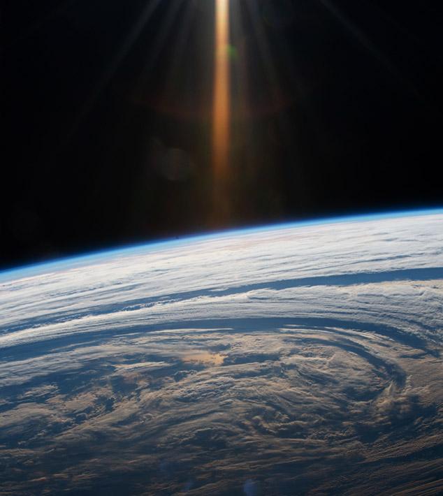 Earth-storm-sun2
